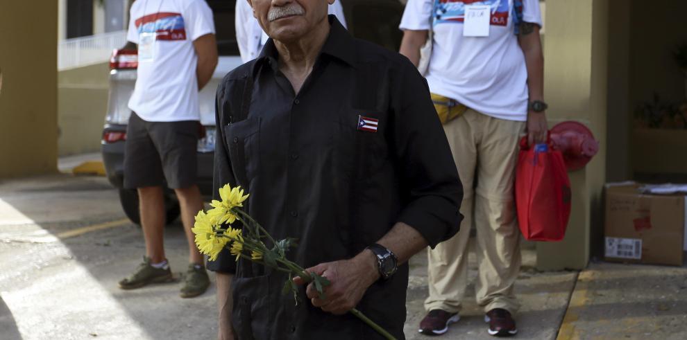 En libertad Oscar López el preso político mas antiguo de los Estados Unidos