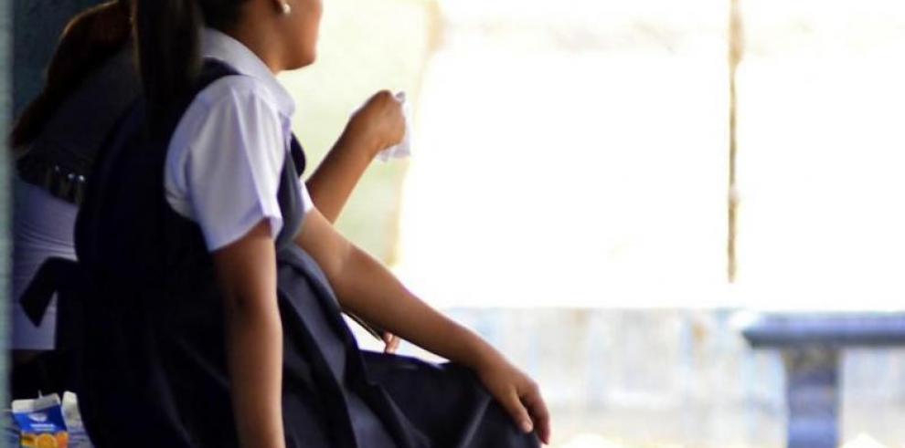 Padres de familia rechazan nuevas guías de educación sexual del Meduca
