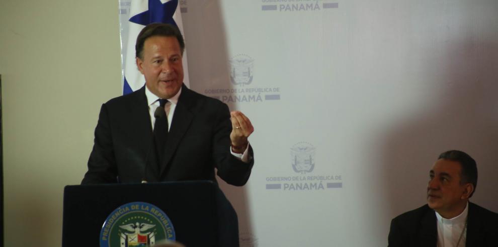 Panamá quiere hablar de lista de paraísos fiscales tras elecciones en Francia