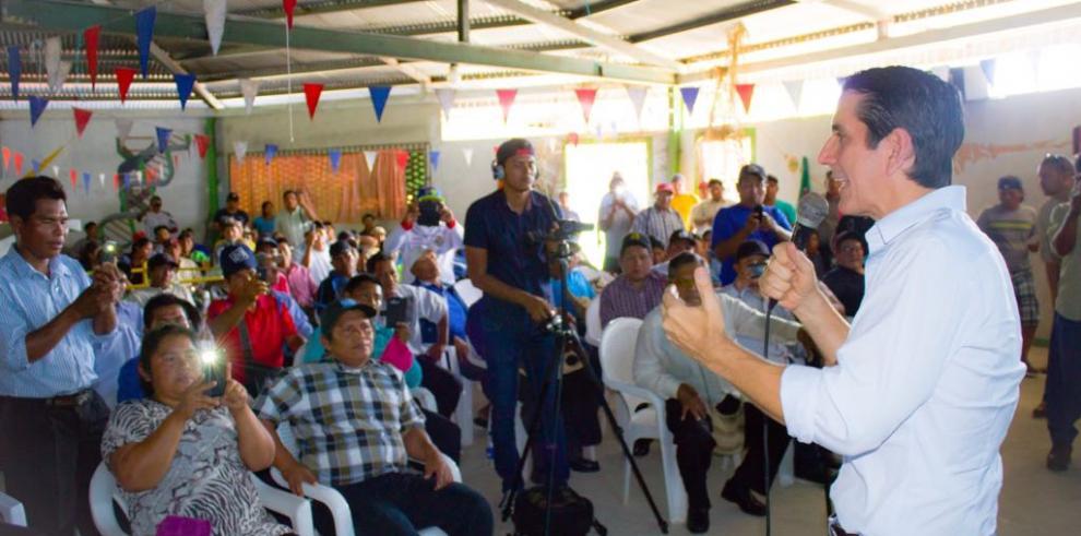 Rómulo Roux: unidos podemos rescatar nuestro país