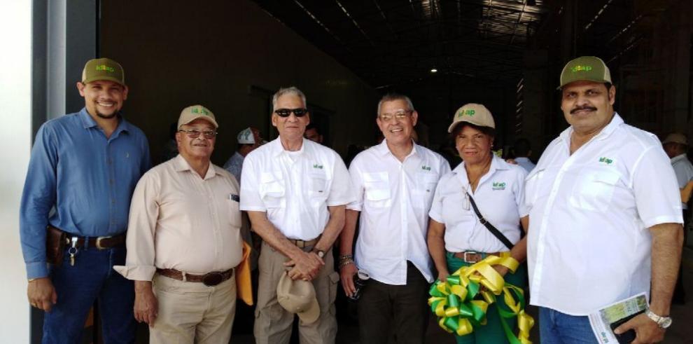 Idiap inaugura nueva planta de semillas