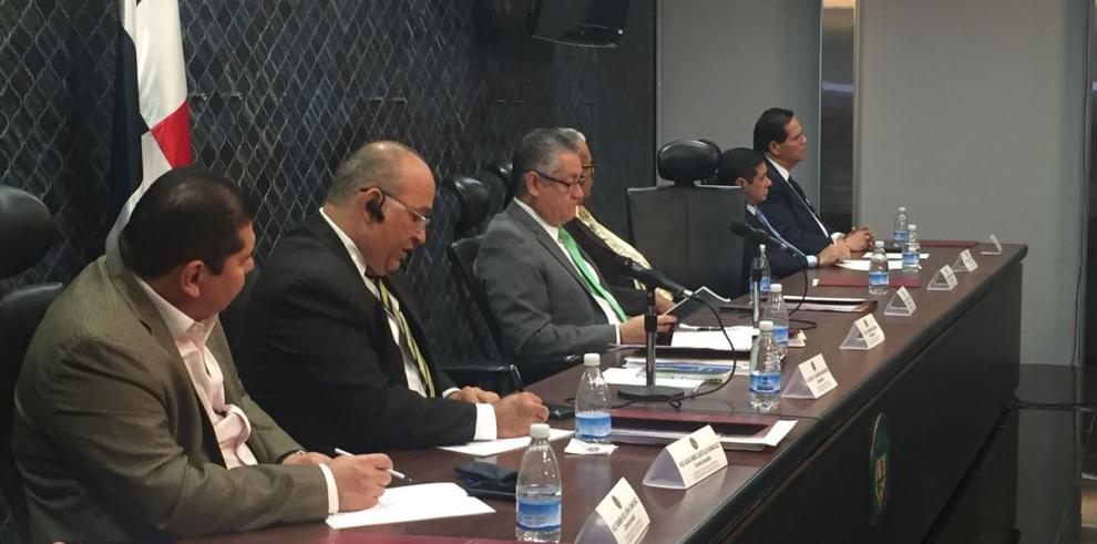 Comisión de Credenciales reanuda tercer día de consulta ciudadana