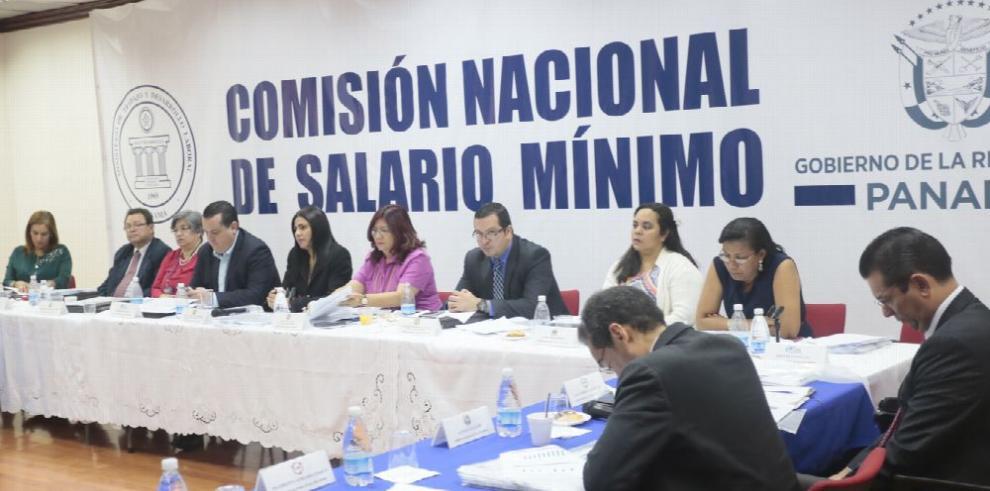 Ajuste del salario mínimo fue 'razonable',Arístides Hernández