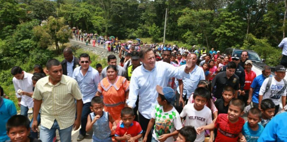 Presidente Varela pone en marcha obras en Veraguas