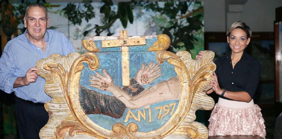 Recuperan parte del retablo de San Francisco de Asís