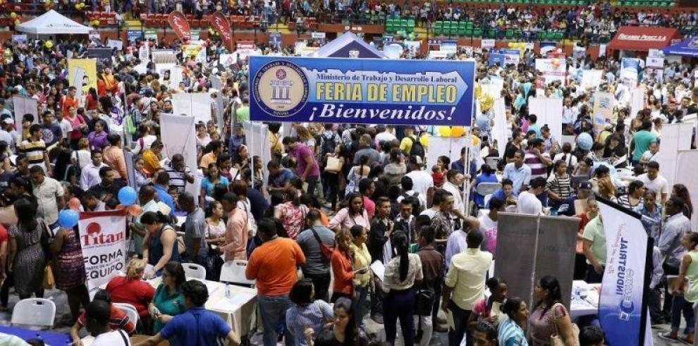 Mitradel realiza feria de empleo en Colón
