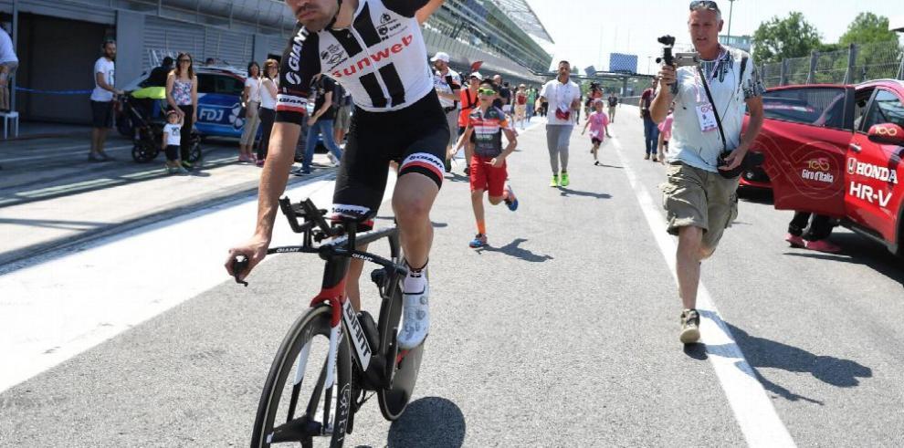 Dumoulin superó a todos en Giro Italiano