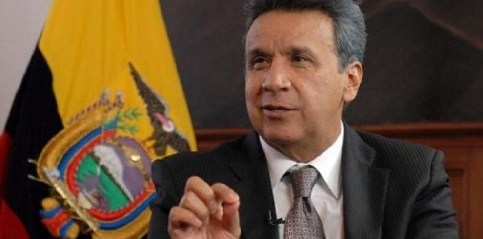 Presidente ecuatoriano crea frente contra la corrupción