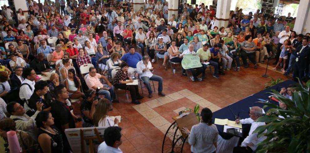 Gobierno suspende polémica remodelación del parque Omar