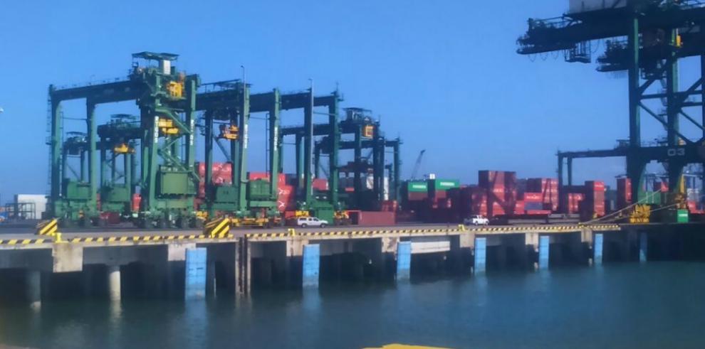 Aduana presenta plan piloto para la gestión de procesos aduaneros
