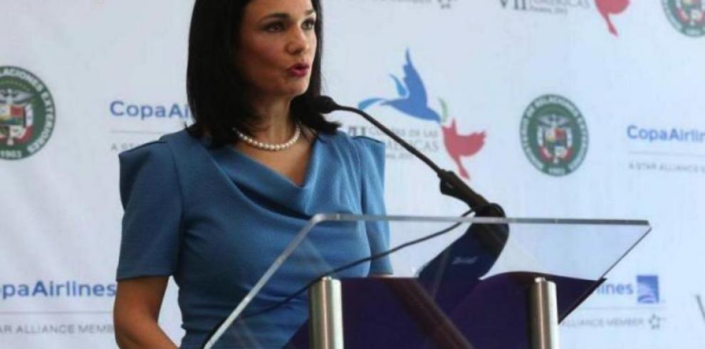 Vicepresidenta defenderá en Davos transparencia financiera del país