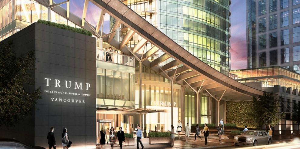 Hijos de Donald Trump inauguran la Torre Trump de Vancouver