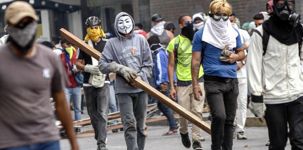 Confrontaciones y protestas siguen en Venezuela