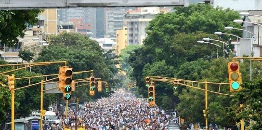 Oposición venezolana encara la represión