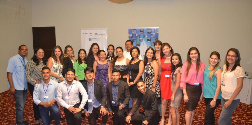 Culmina capacitación del programa de formación de líderes jóvenes