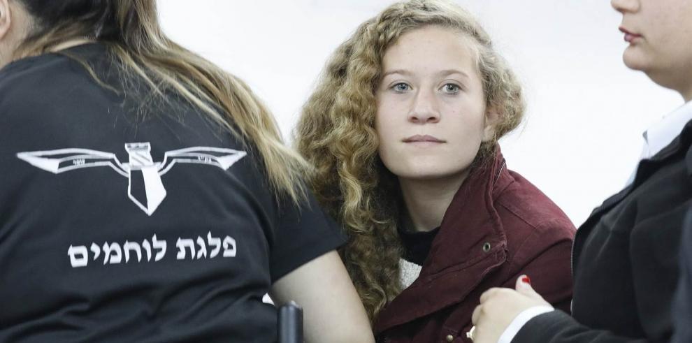 Ahed Tamimi, la controversial palestina de 16 años encarcelada por el gobierno israelí