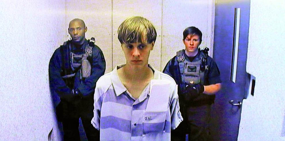 Condenan a muerte al autor de la masacre en la iglesia de Charleston