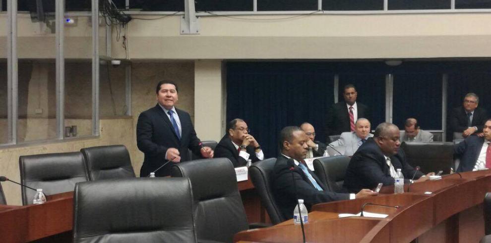 Presidente de la Asamblea busca reformar Reglamento de la Asamblea
