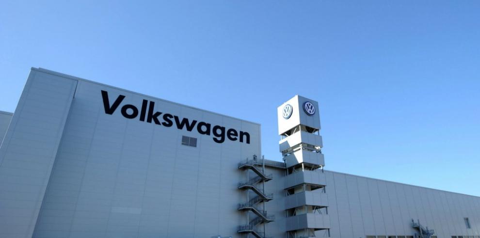 Volkswagen, cerca de acuerdo millonario con EEUU sobre escándalo