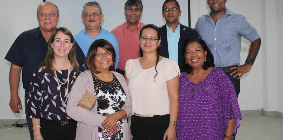 Científicos estudian los ecosistemas marino costero y terrestre de Veraguas