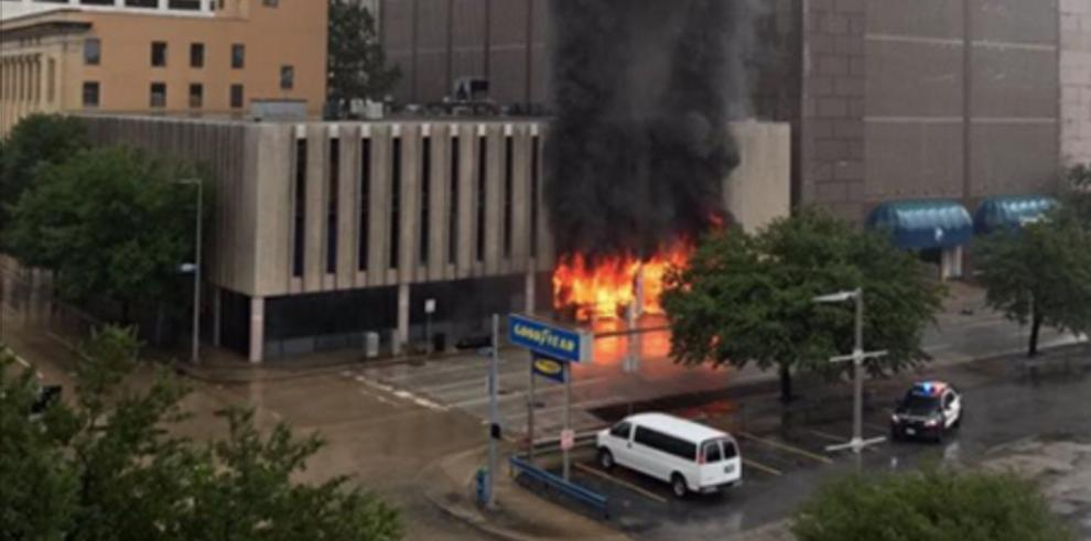 Dos explosiones en una planta química cerca de Houston tras paso del Harvey