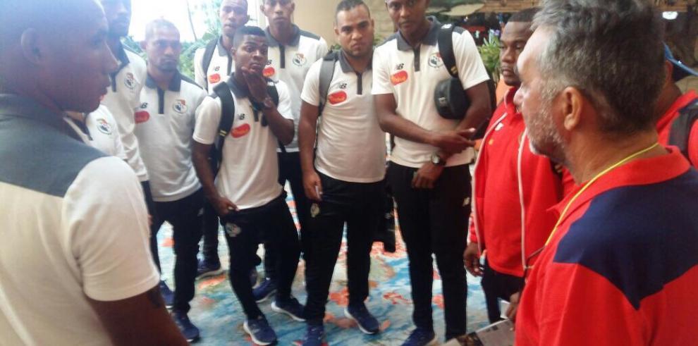 Panamá viajó a Bahamas para disputar su primer mundial de fútbol playa