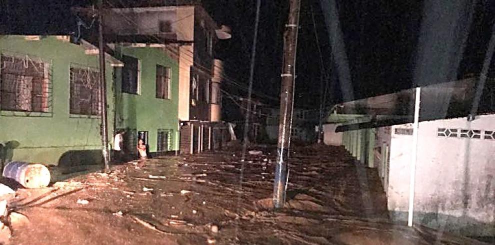 Panamá se solidariza con Colombia, por avalancha que dejó 154 muertos