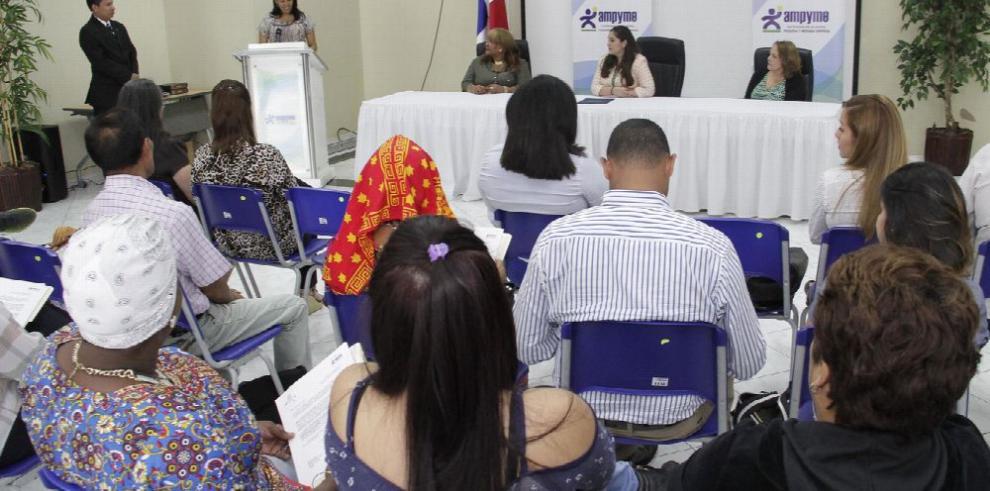 105 emprededores reciben beneficios del Capital Semilla
