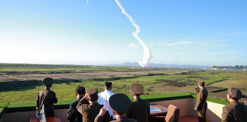 Corea del Norte realiza un nuevo lanzamiento de un misil