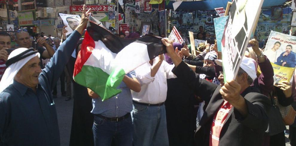 Presos palestinos terminan huelga de hambre tras acuerdo con Israel