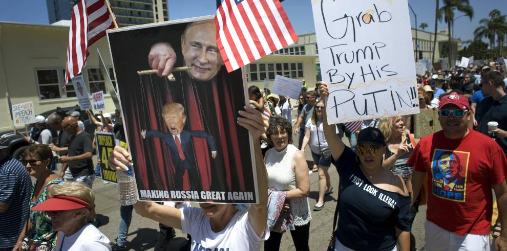 Decenas de marchas en EE.UU. para pedir la destitución de Trump