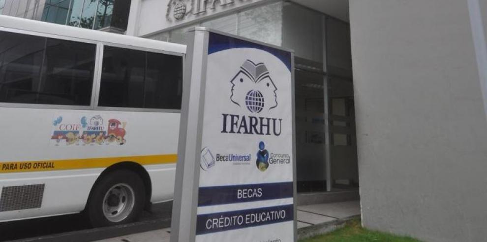 Ifarhu inicia concurso de becas generales para el 2018