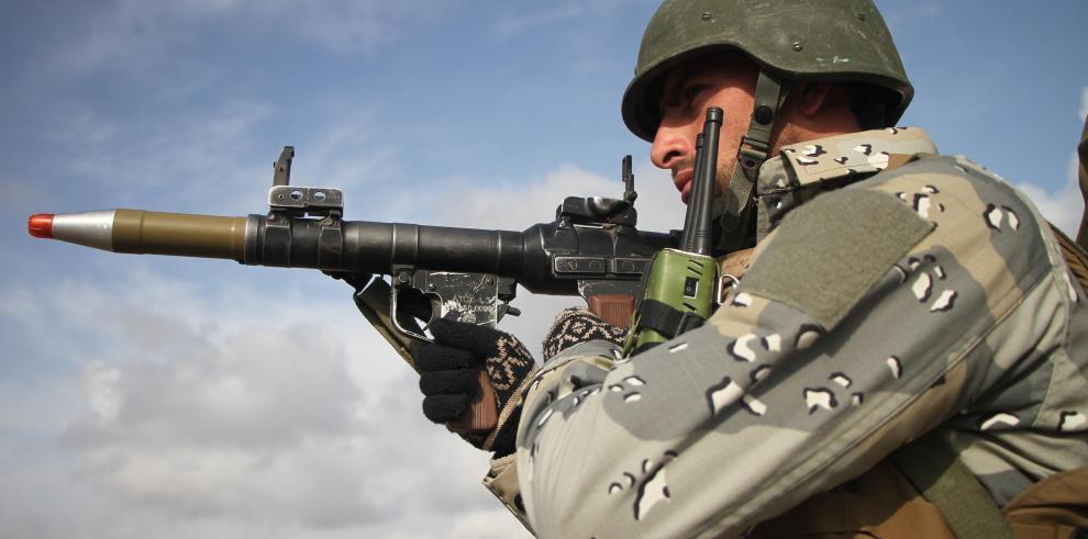 Armamento comprado por EE.UU. terminó en manos del Estado Islámico