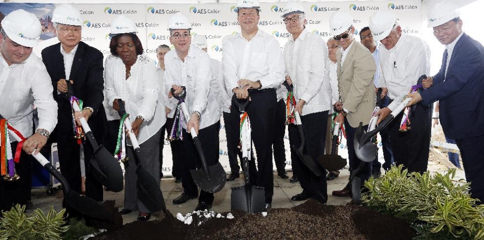 Avanza 93% la construcción de planta de generación eléctrica en Colón