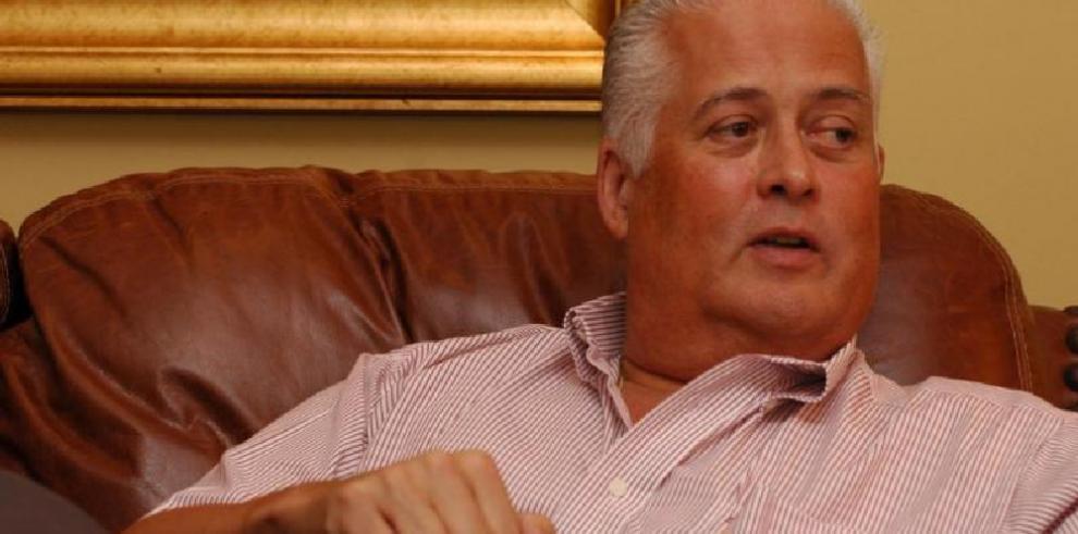 Pérez Balladares dispuesto a presidir un gobierno provisional