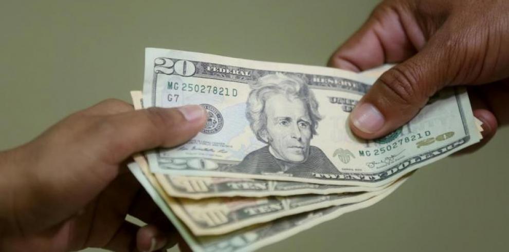 Mitradel presentará el martes propuesta al Ejecutivo del salario mínimo
