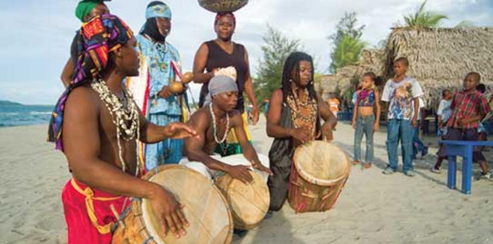 Afrodescendientes hondureños celebran sus 220 años con música