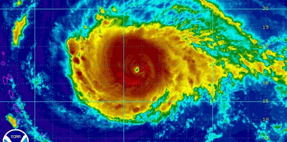 Cancelan mayoría de vuelos desde San Juan a Antillas Menores por paso de Irma