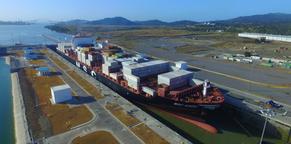La ACP entregará reconocimiento a buques neopanamax