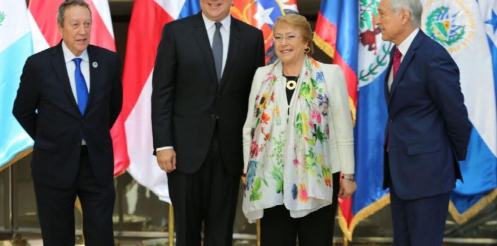 Varela ofrece al SICA y a Chile una plataforma local contra el crimen