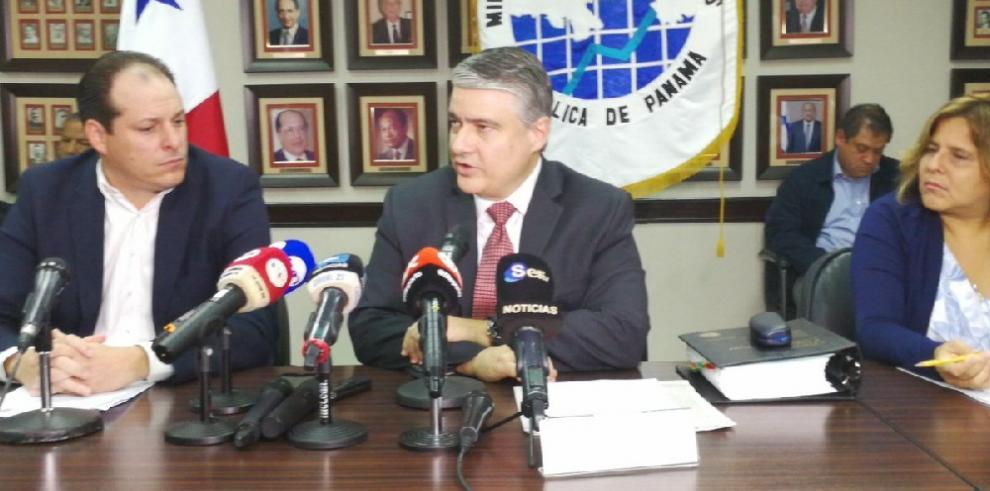 MEF suspende la entrada en vigencia del Decreto Ejecutivo 130