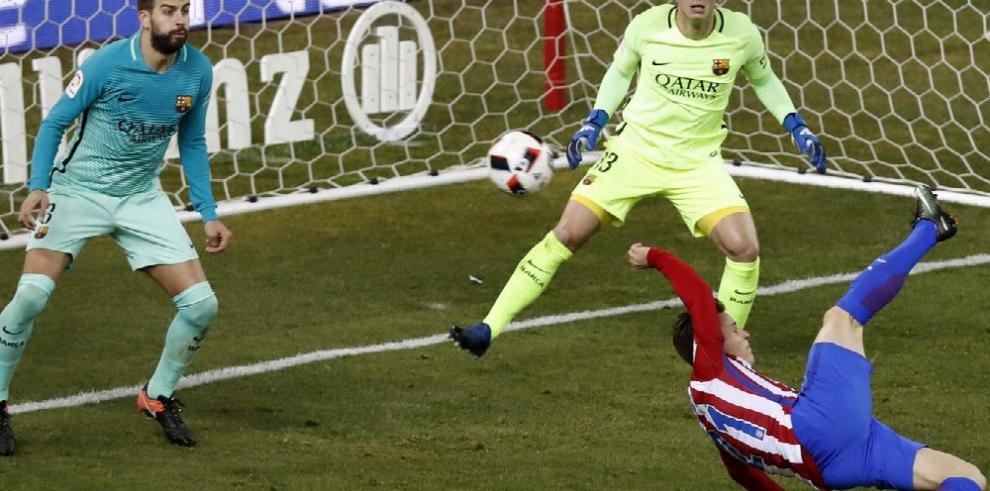 Barcelona le saca una leve ventaja al Atlético Madrid