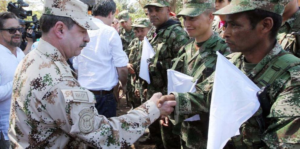 Gobierno y las FARC anuncian fin del conflicto armado