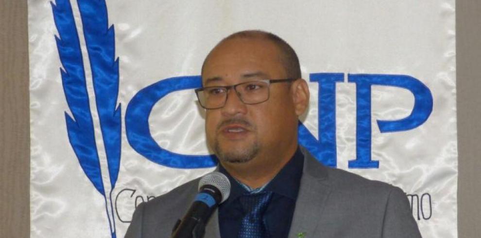 Periodista chiricano asume presidencia del Consejo de Periodismo