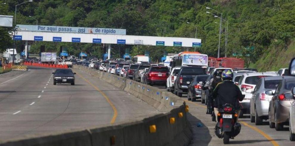 SPIA: Inversión de carriles no soluciona el congestionamiento vehicular