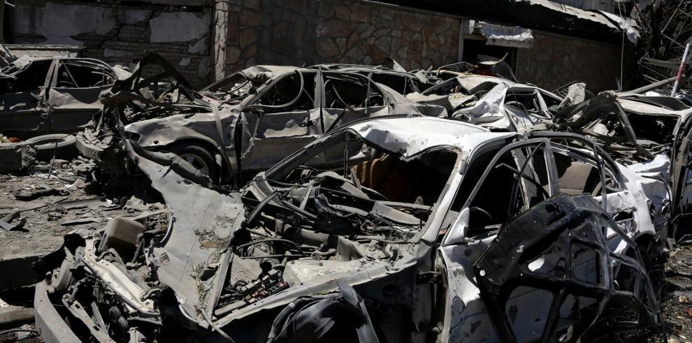 Atentado terrorista deja 80 muertos y 350 heridos en Kabul