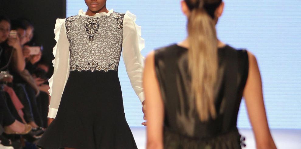 La diseñadora Amelia Toro cierra con broche de oro Bogotá Fashion Week