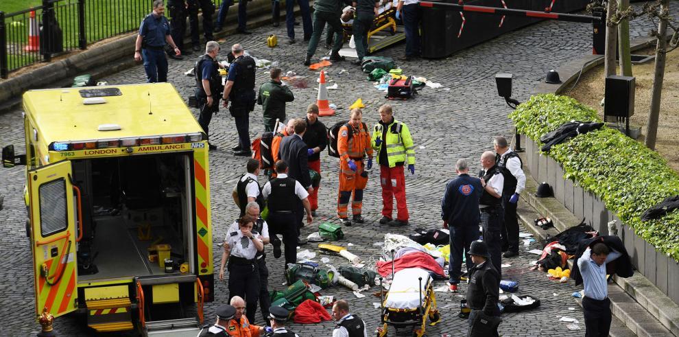 Policía londinense niega haber disparado contra turista español