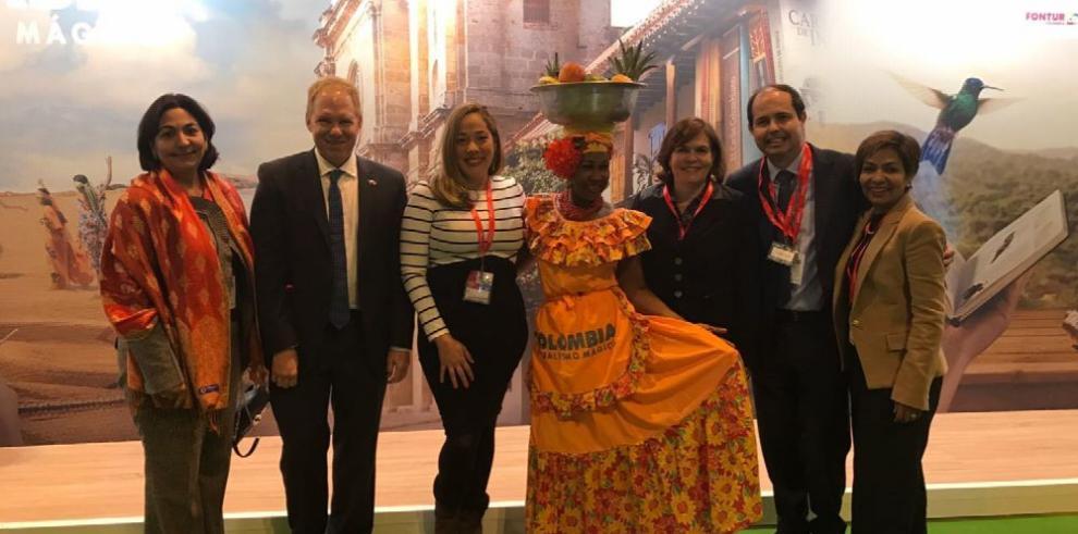 Air Panamá suscriben acuerdo de promoción