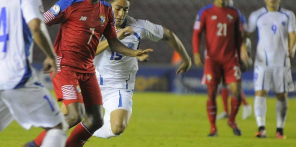 Panamá vence apretadamente y gana billete para la Copa Oro